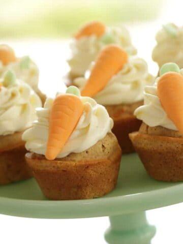 Carrot Cake Cupcake Recipe with Fondant Carrots
