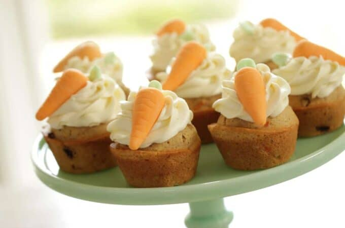 Carrot Cake Cupcake Recipe with Fondant Carrots