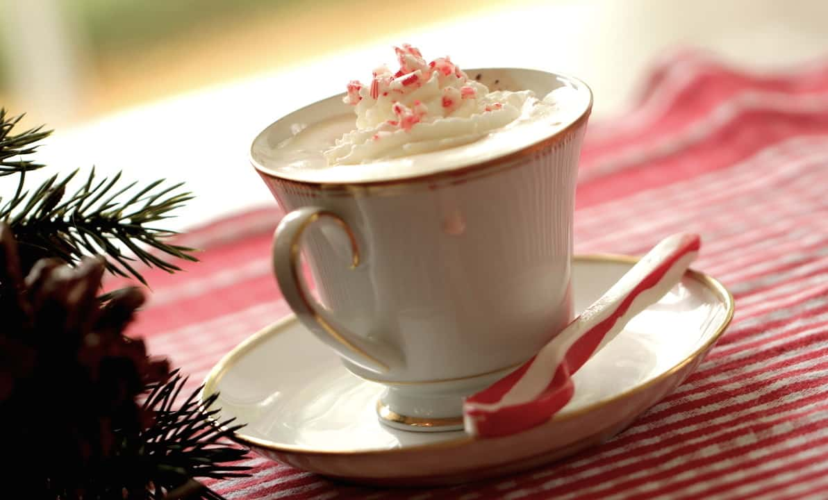 Peppermint Hot Chocolate - Entertaining with Beth