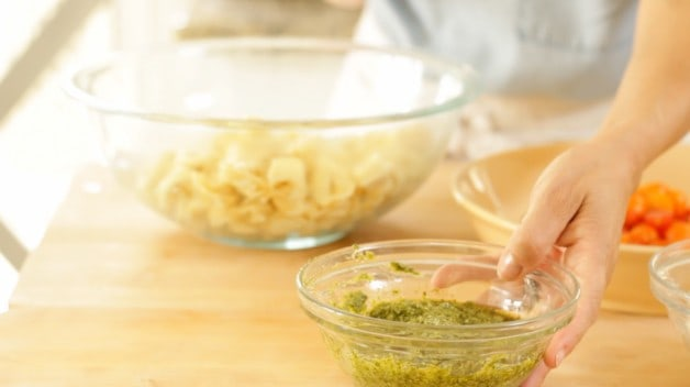 Pesto mixture for Cold Italian Tortellini Salad