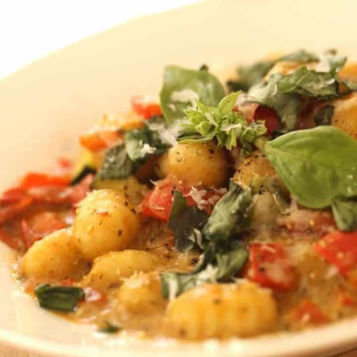15-Minute Gnocchi Pesto