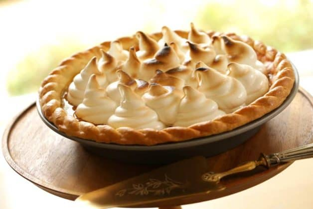 Pumpkin Pie with Marshmallow Topping