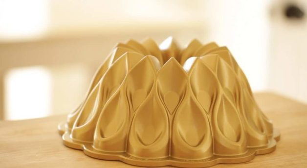 Crown Bundt Pan for an Apple Spice Cake Recipe