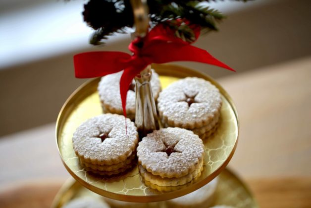 Chocolate Hazelnut Linzer Cookie Recipe ready for serving