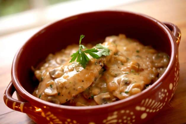 White Wine Chicken Recipe served in a terra cotta dish