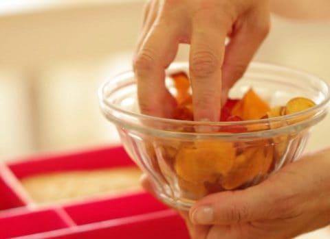 Veggie chips in glass bowl