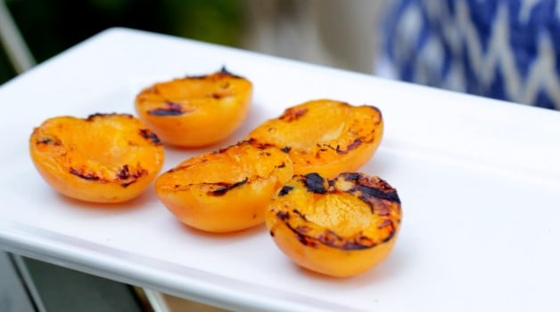 Grilled apricots Grilled Apricot Sundaes Recipe