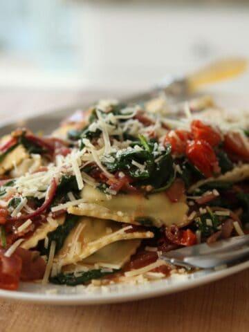 Ravioli with Veggies on a Platter