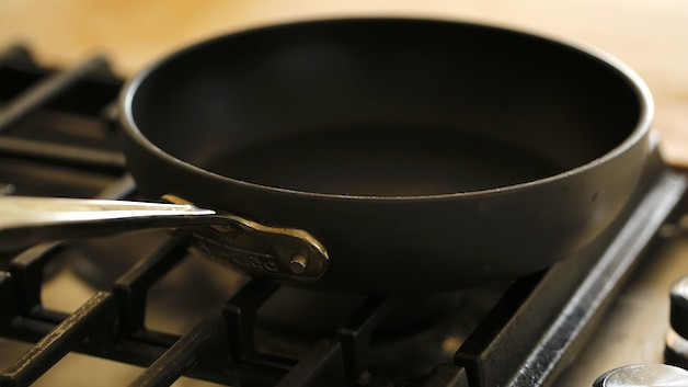 small non stick skillet