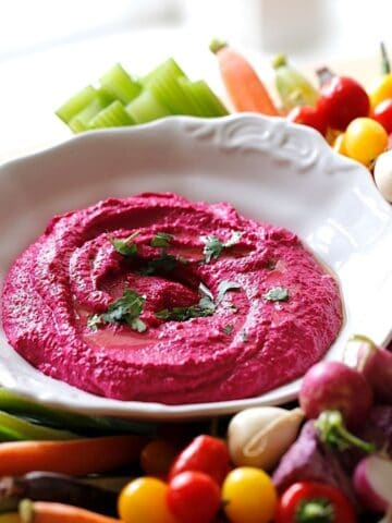 Beet Hummus Recipe with Veggies