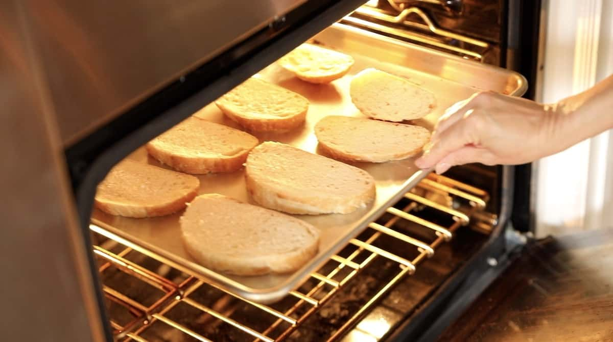 Roasting bread on a tray under the broiler
